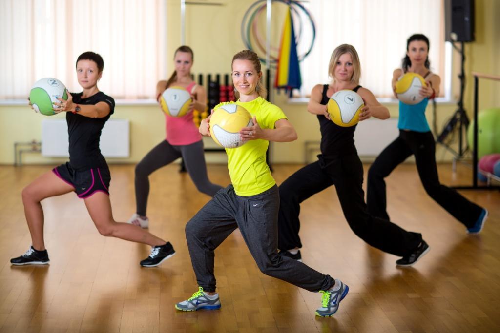 Фитнес групповой эротический фото 302-963